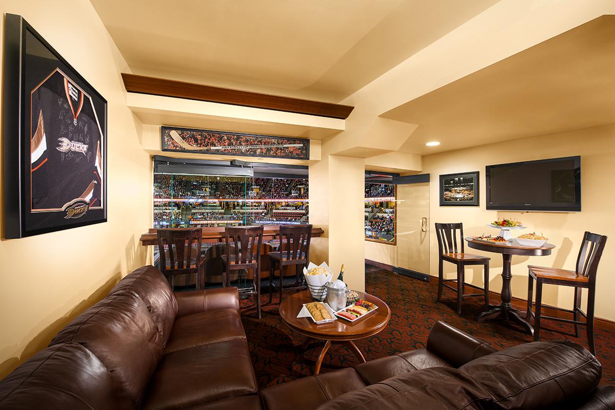Luxury suites honda center for Luxury suites